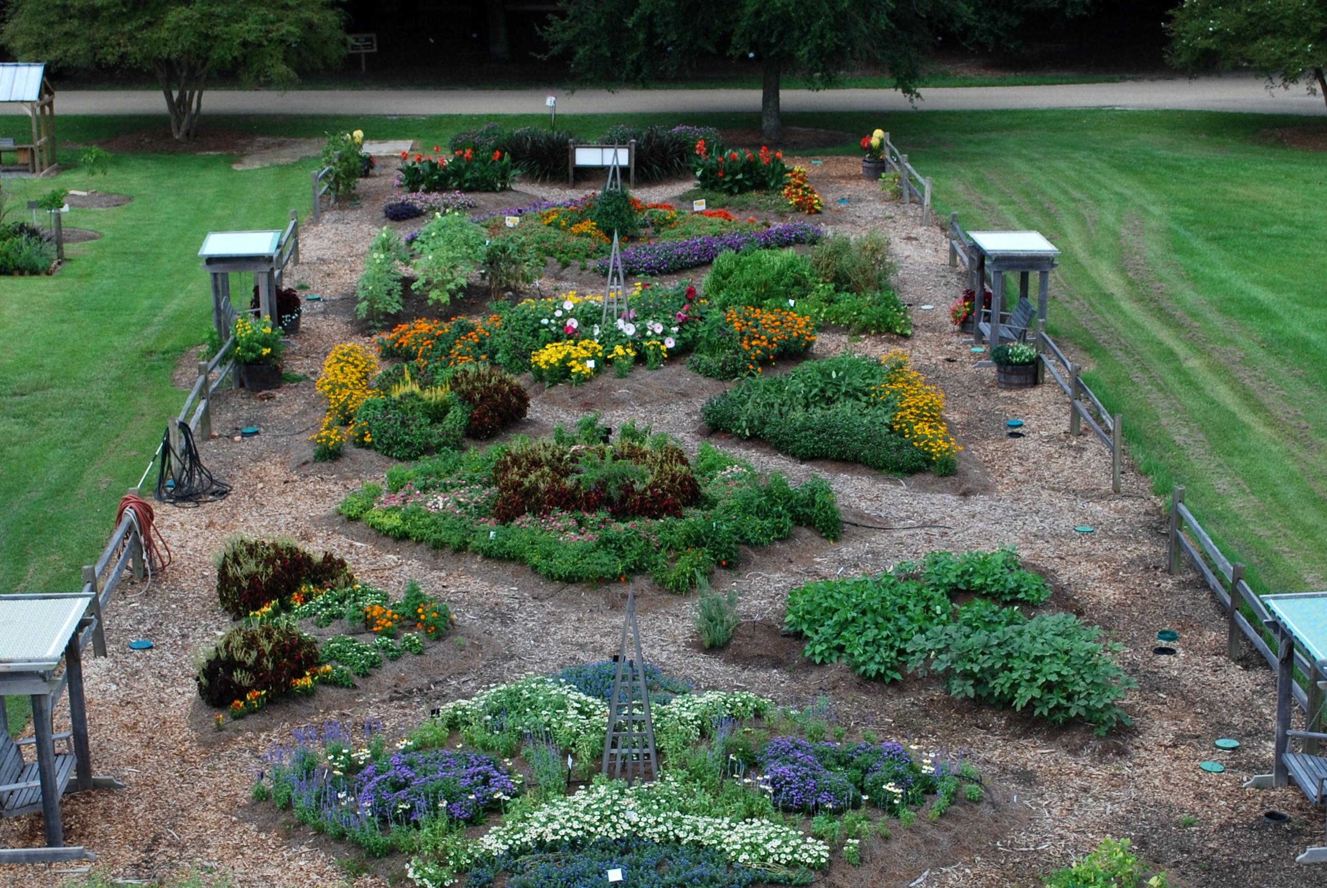 Botanic gardens wins national design award lsu agcenter for 50ft garden design
