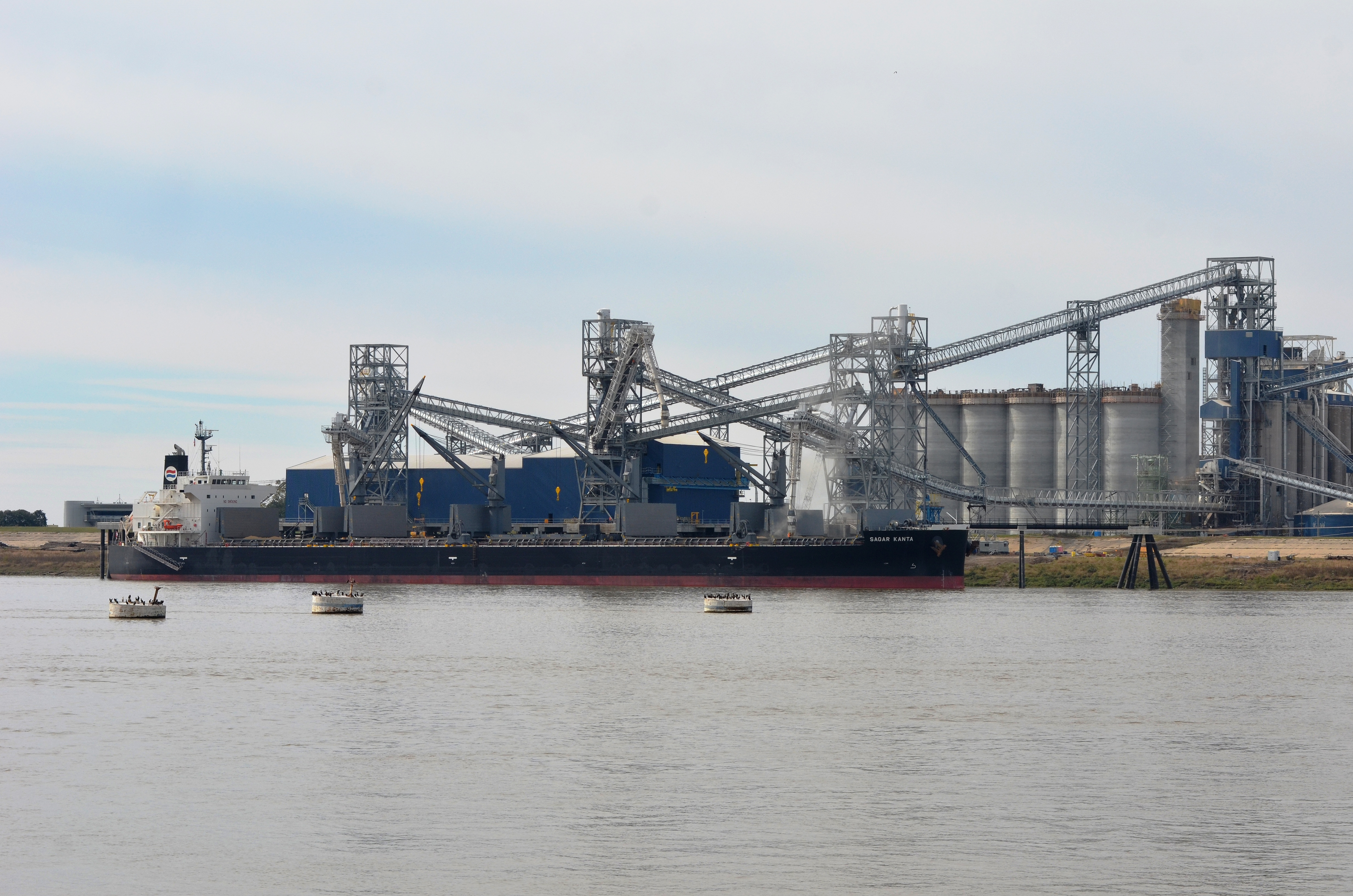 La farmers expected to benefit from new baton rouge port for La port news